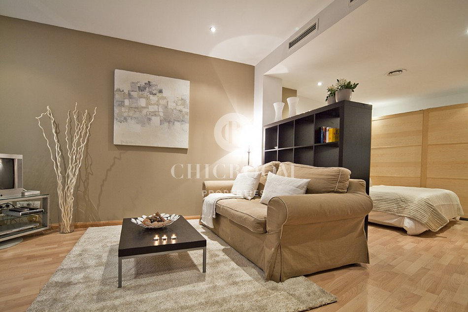 Furnished studio for mid term rent or sale in San Antoni Barcelona