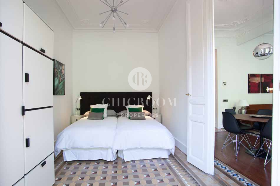 Furnished 3 bedroom apartment for rent mid term in Barcelona