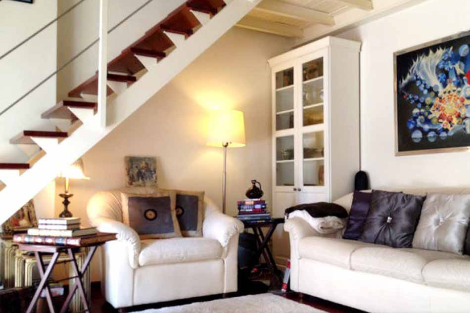 2 Bedroom furnished duplex for rent in Barceloneta
