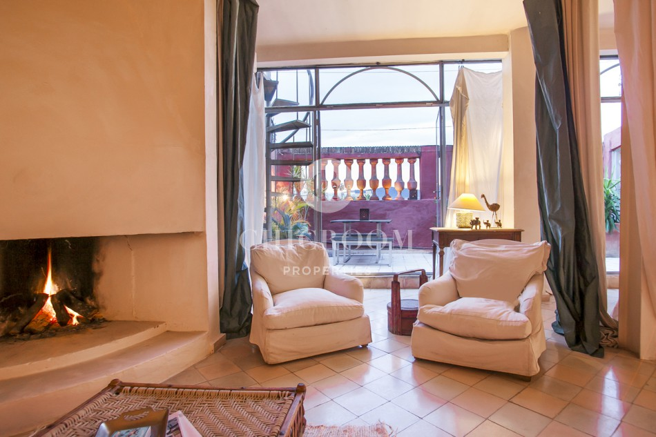 Furnished apartment with terrace for rent in Barcelona Gothico