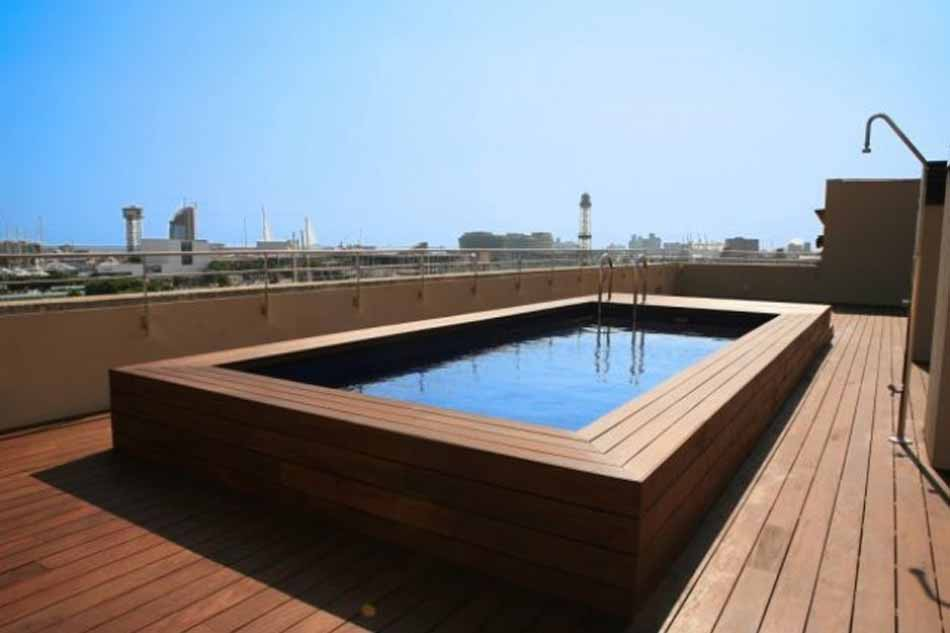 barcelona 3 bedroom apartment with sea view
