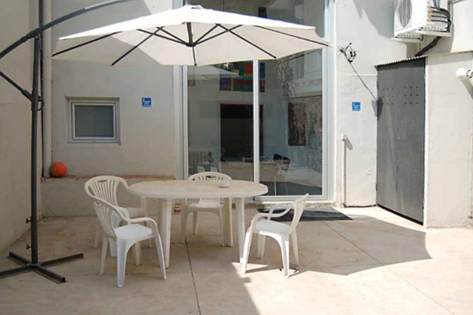 Furnished duplex apartment with terrace for rent in Barcelona Poblenou