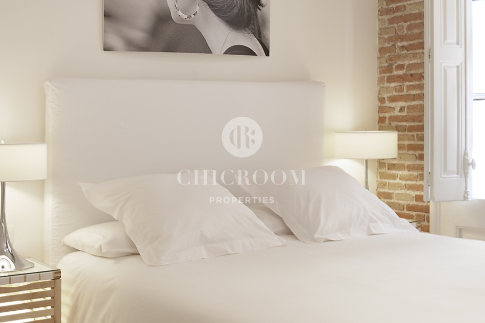 Furnished studio flat for rent mid term in Barcelona Gothic