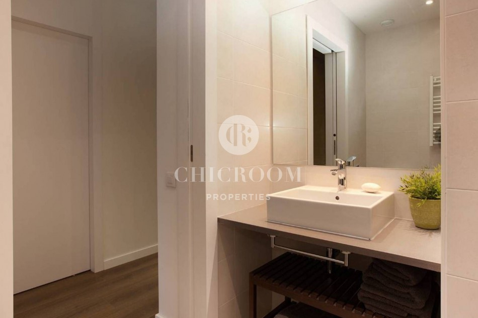 Furnished 3 bedroom apartment for rent in Barcelona harbour