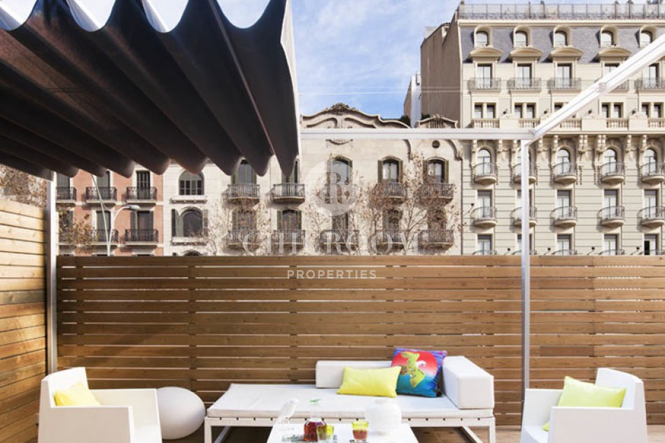 luxury 3 Bedroom apartment for rent with terrace in Barcelona