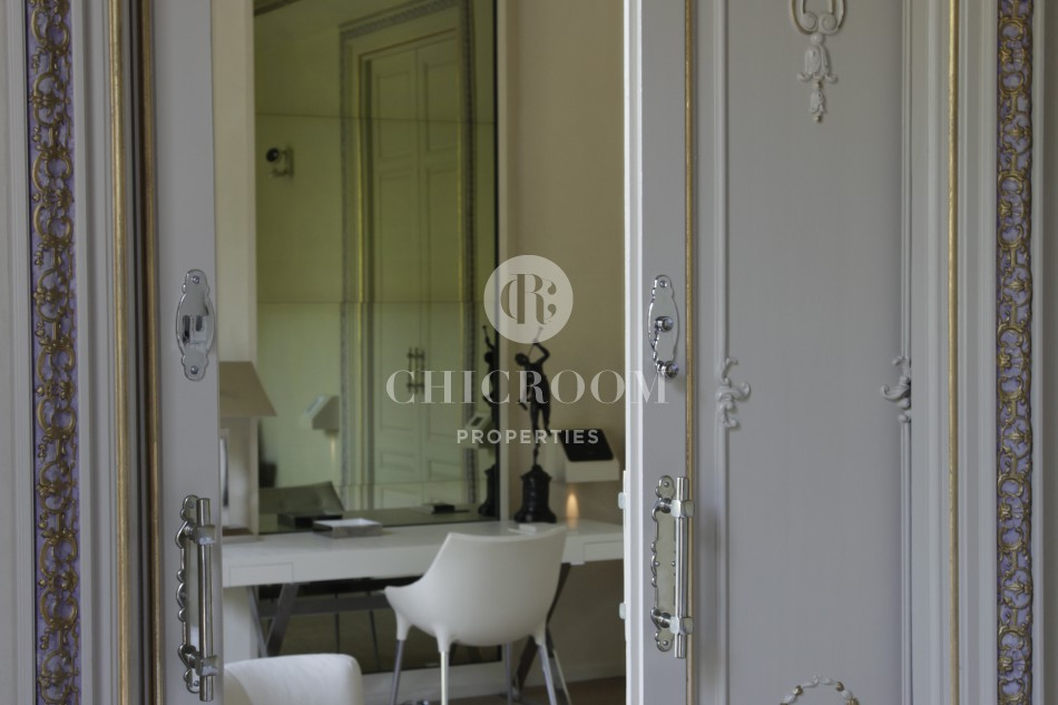 Modernist apartment for rent in Barcelona