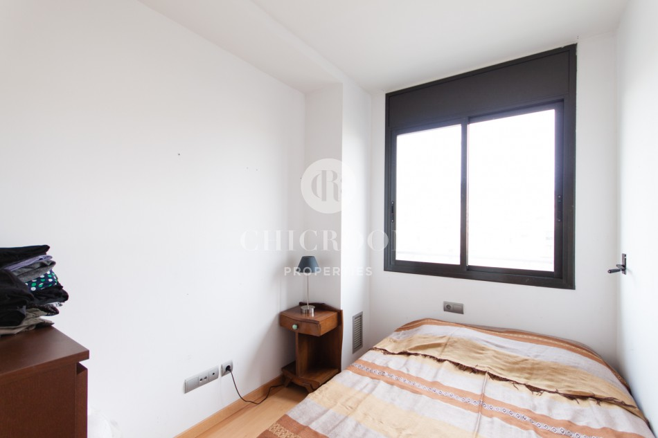 2 bedroom furnished apartment rental with swimming pool  in Barcelona