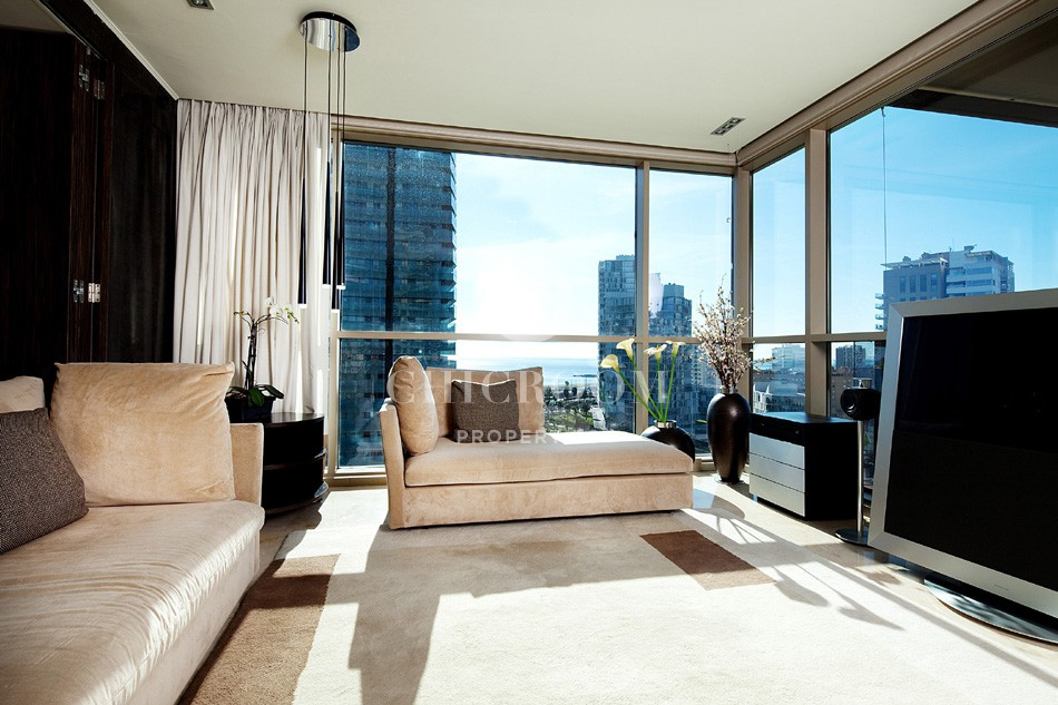 4 Bedroom furnished apartment with sea views for rent in Barcelona