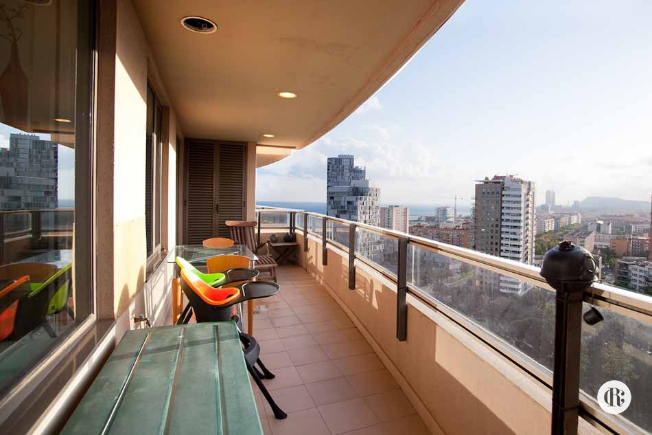 Furnished 3 bedroom apartment for rent in Barcelona