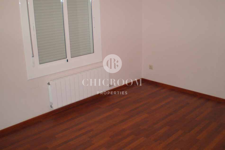 Four Bedroom unfurnished flat for rent in Barcelona