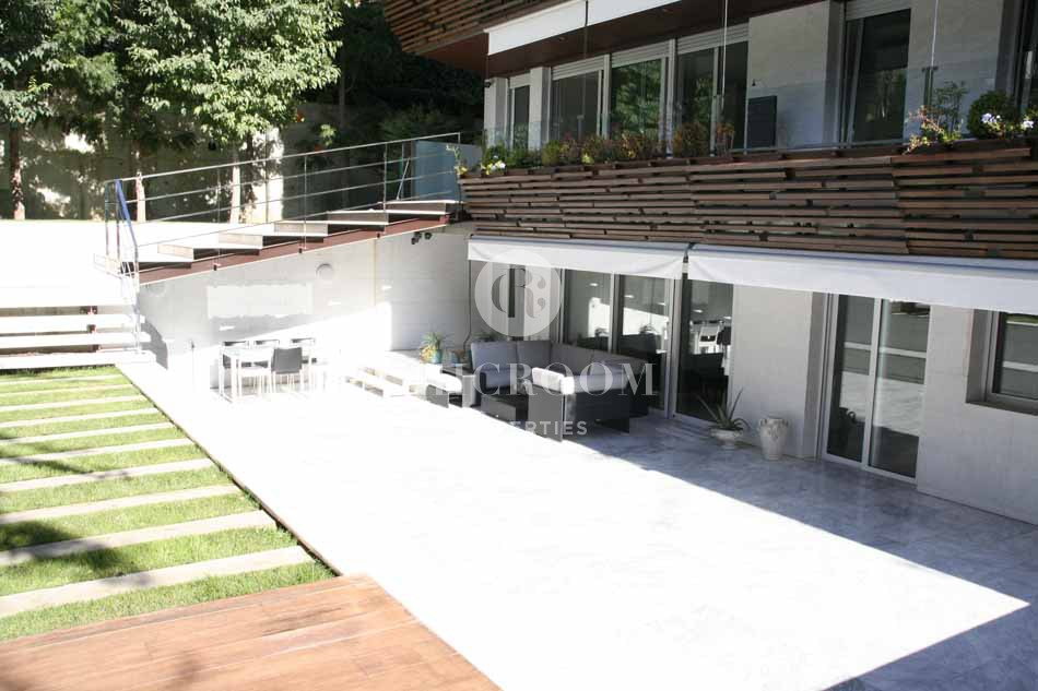 5 Bedroom apartment for sale with pool in San Gervasi