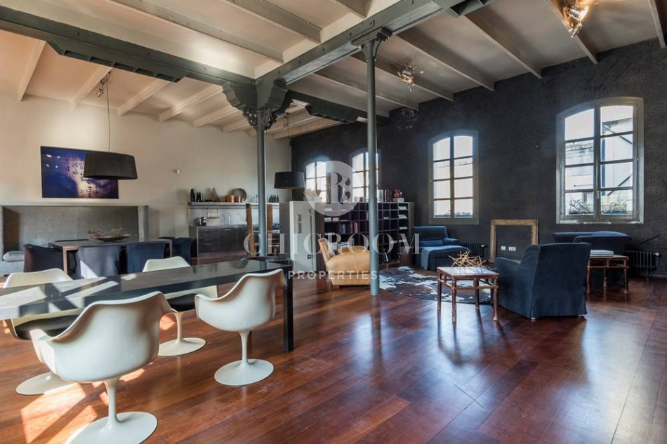 2 bedroom furnished loft for rent in Eixample Barcelona