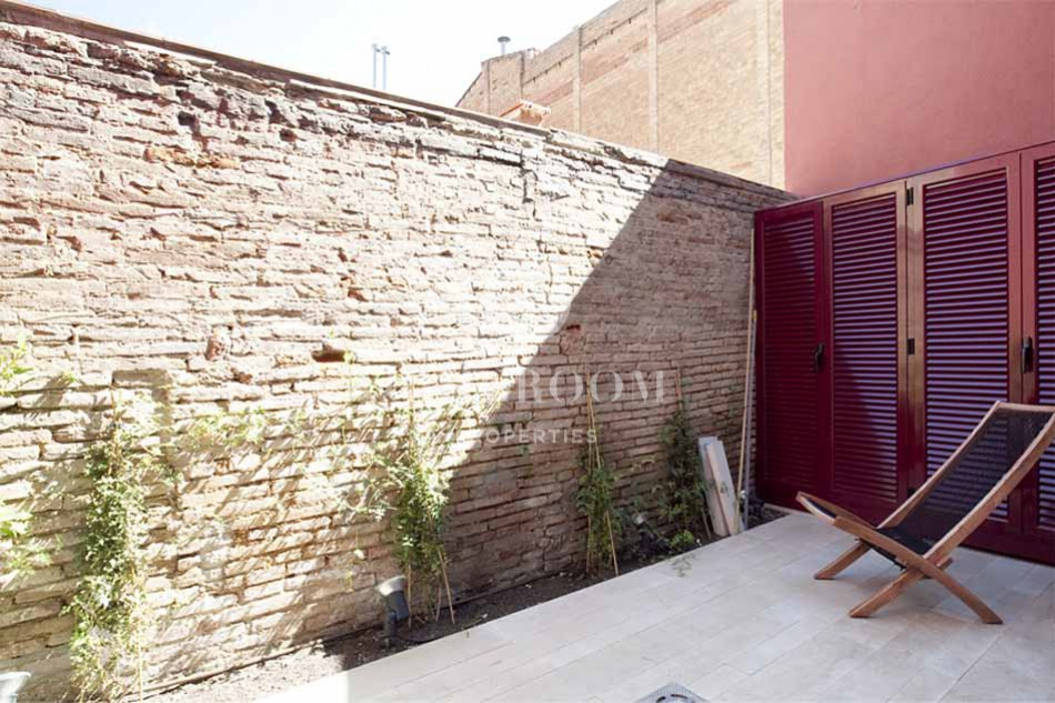 furnished 2 bedroom flat with terrace for rent in sarria barcelona