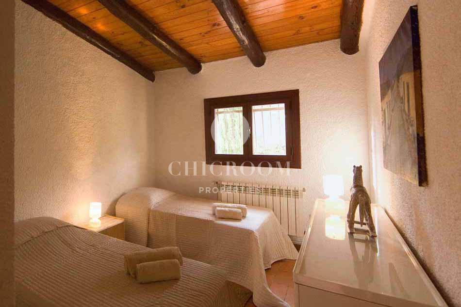 4 bedroom furnished house for rent in Maçanet de la Selva Girona