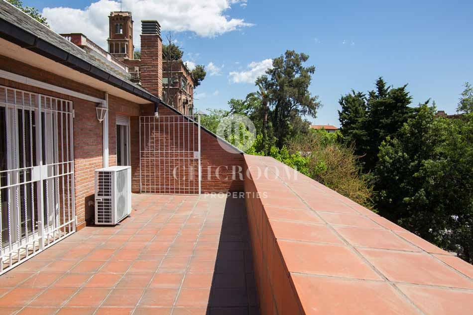 House for rent with pool in Sant Gervasi Barcelona