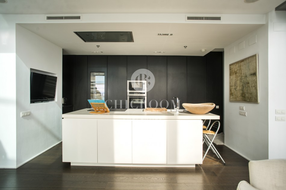 Luxury 3 bedroom duplex penthouse for rent in Diagonal Mar