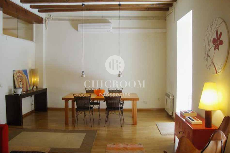 Furnished 3 bedroom flat for rent in the Gothic quarter
