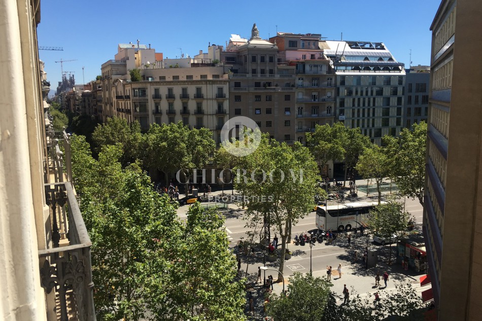 Furnished 2 bedroom apartment for rent in Eixample