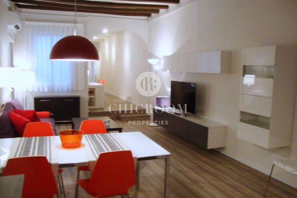 Furnished 2 bedroom apartment for rent in the Raval with Wifi