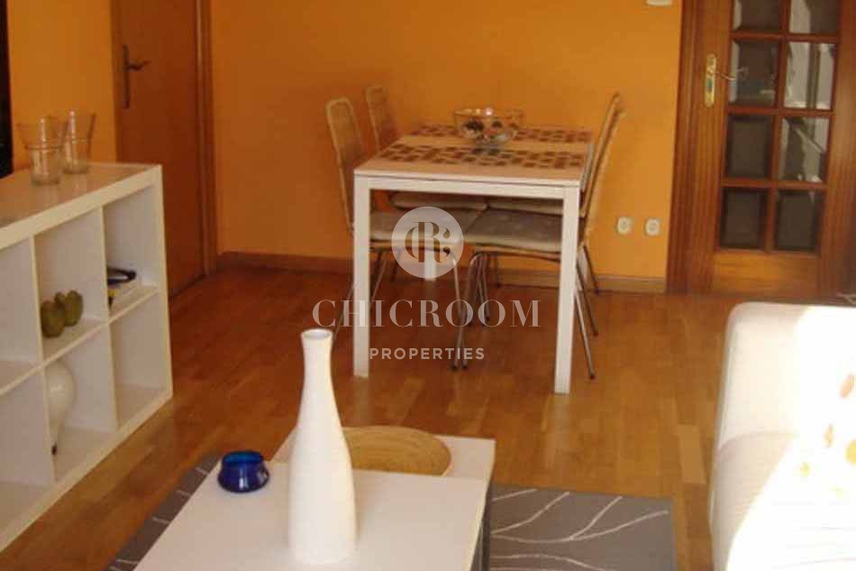 Furnished 4 bedroom flat with Wifi for rent in Eixample