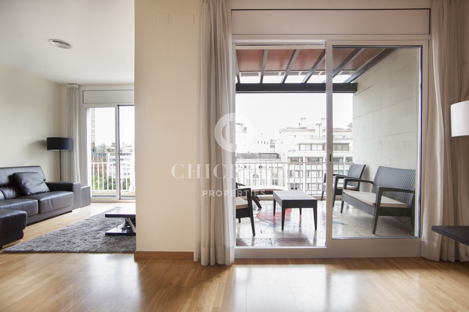 Apartment with terrace for rent in Barcelona