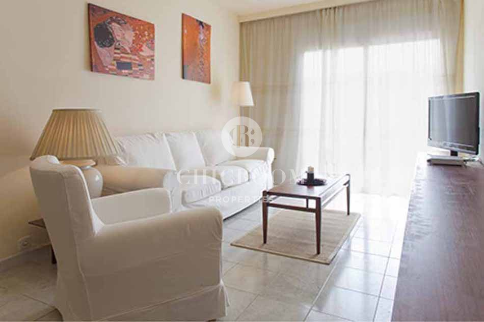 4 bedroom apartment for rent in sant marti 89173