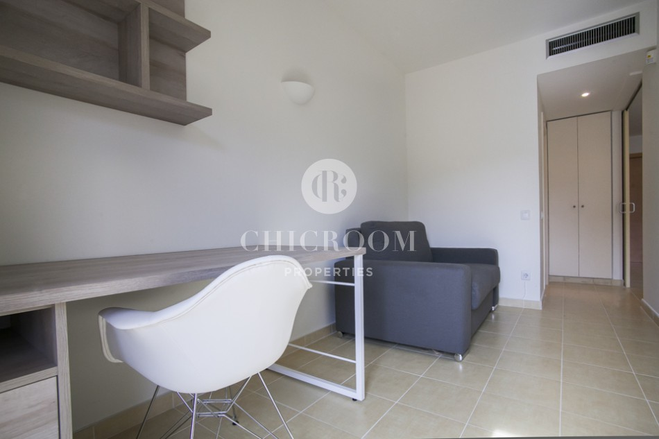 3 bedroom for rent Eixample pool