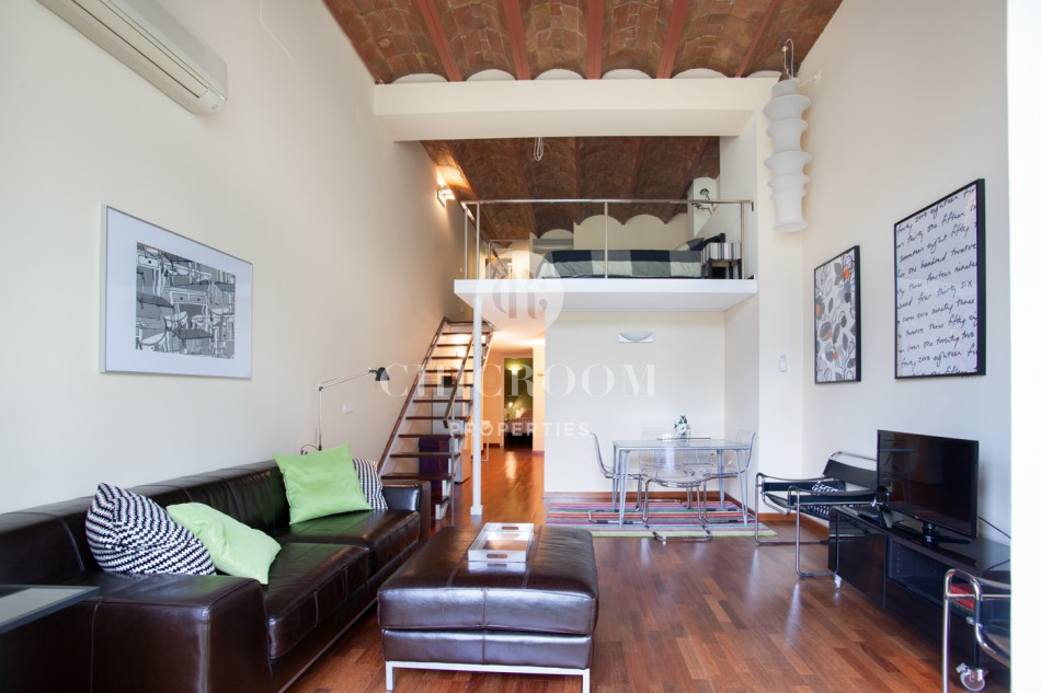 Furnished 2 bedroom apartment for rent near placa de catalunya for Two bedroom apt in bed stuy area