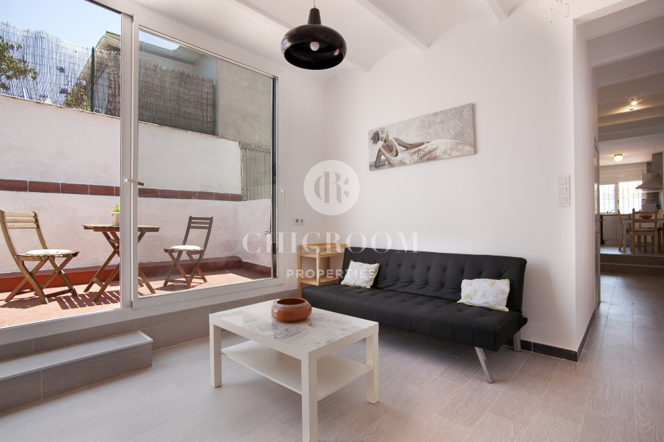 Furnished 2 bedroom apartment for rent Gracia terrace. Furnished Apartment for Rent in Gracia