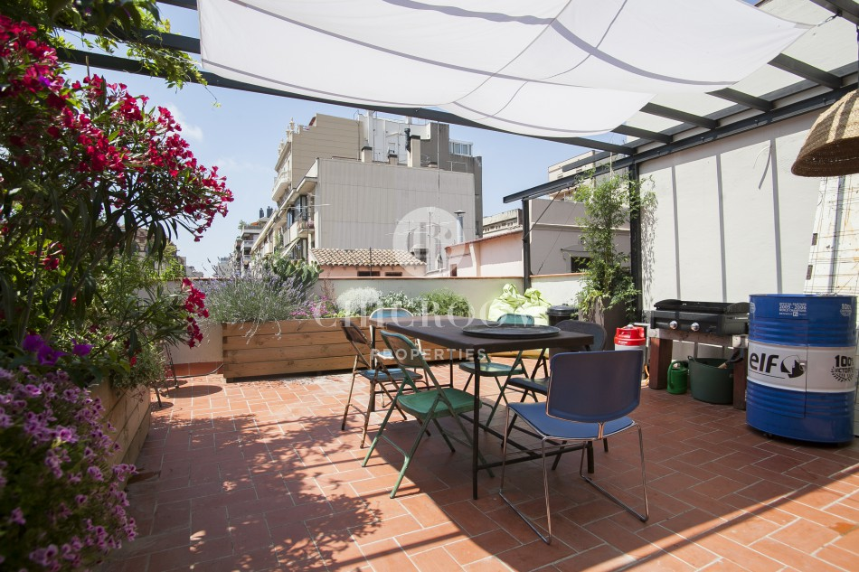 Furnished 3 Bedroom Apartment For Rent In Gracia