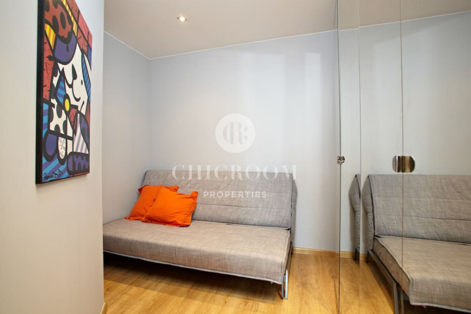 Furnished 2 bedroom apartment Poble Nou terrace