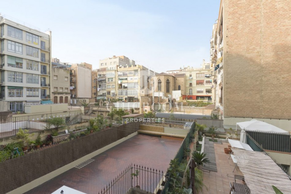 2 bedroom apartment for sale Eixample tourist licence