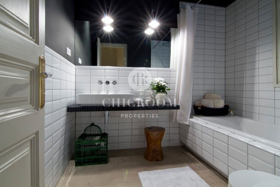 Furnished 3 bedroom apartment for rent Gothic Quarter