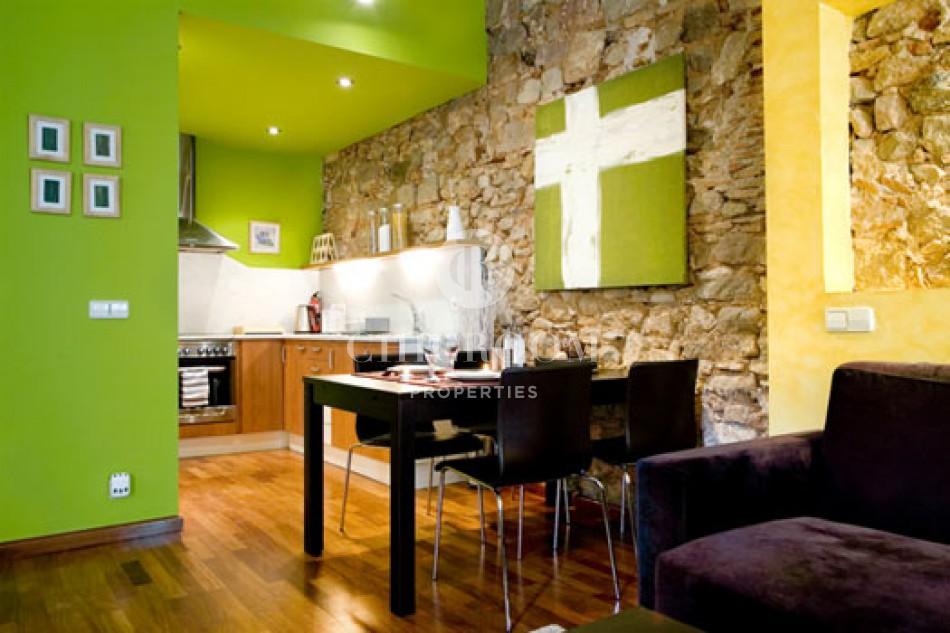 Apartment for sale tourist licence Born