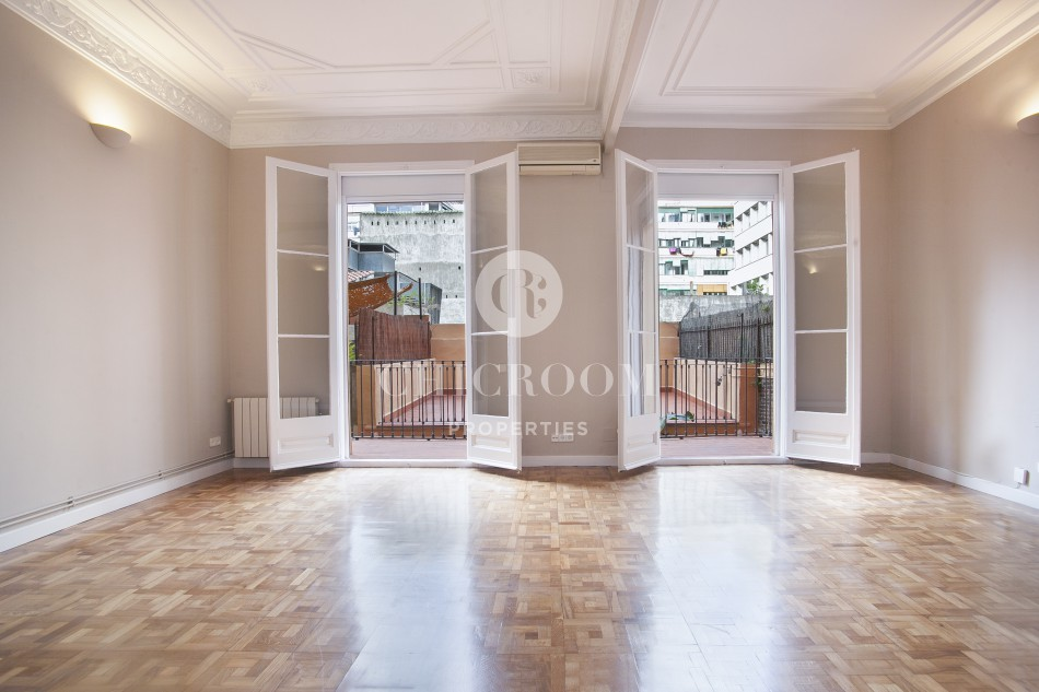6 Bedroom apartment for rent Eixample