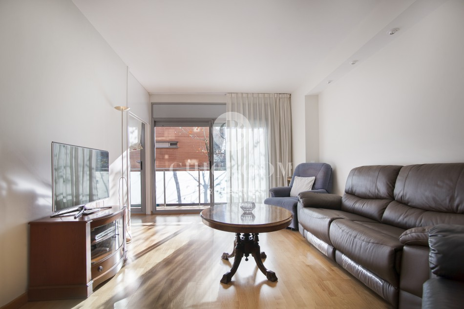 4 bedroom apartment for rent in poble nou 89173