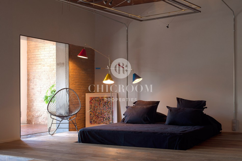 Furnished loft for rent Eixample