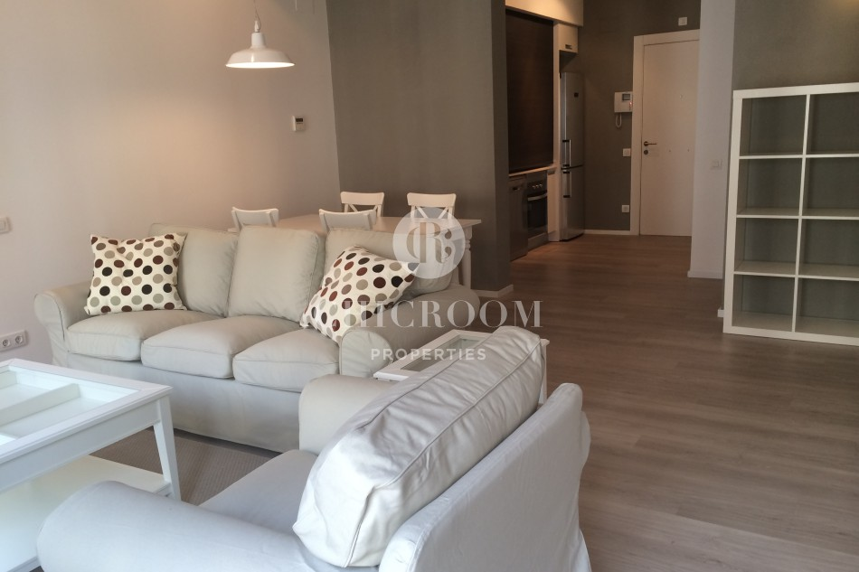 Furnished 3 bedroom apartment for rent Placa Catalunya