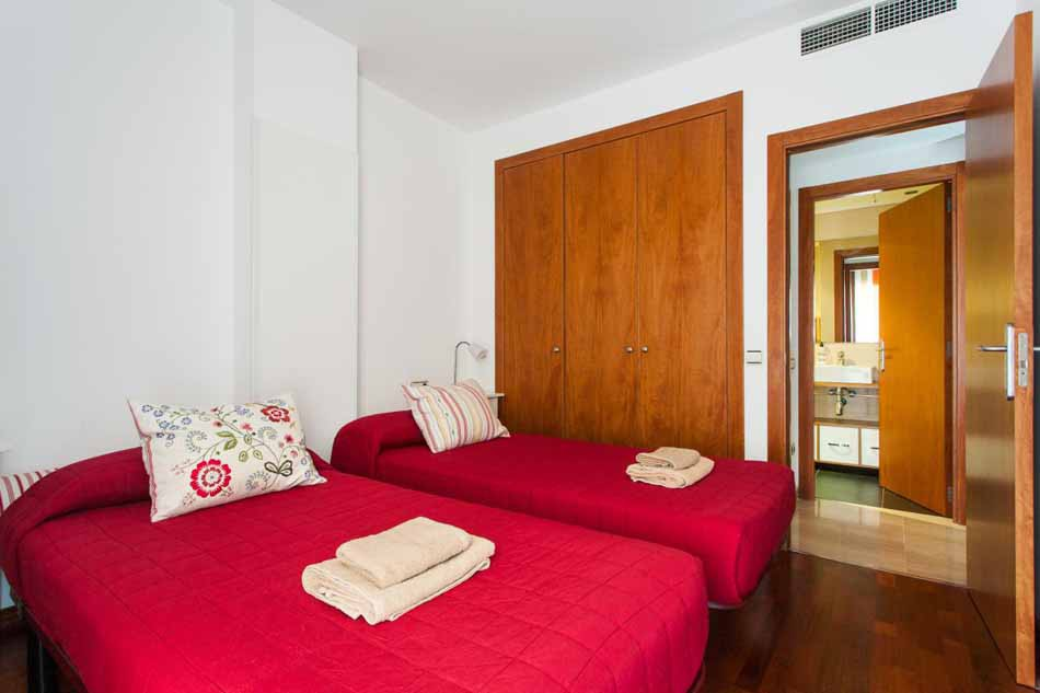 One Bedroom apartment for sale with tourist license in Barcelona Sants