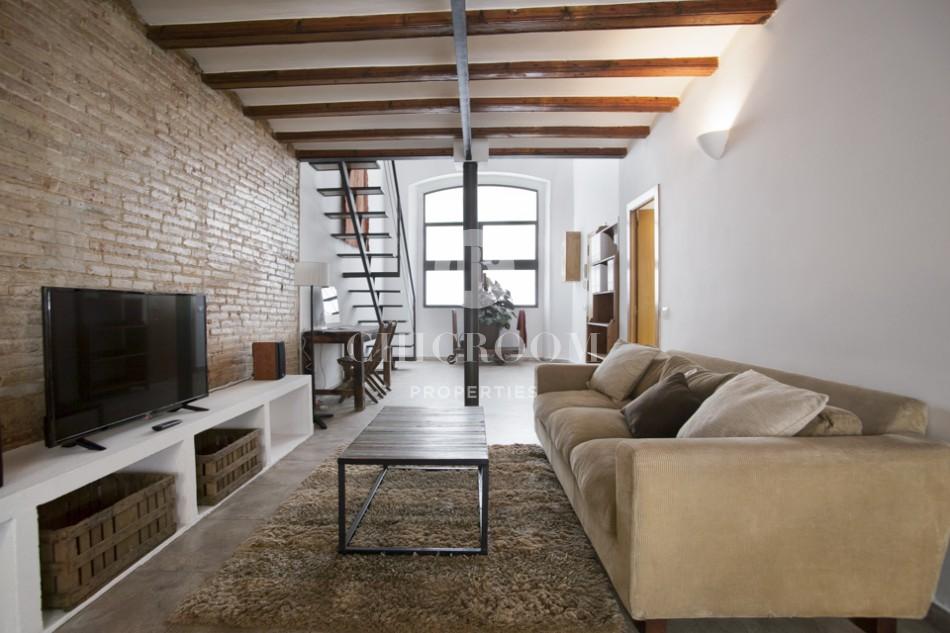 Renovated loft for sale in Gracia