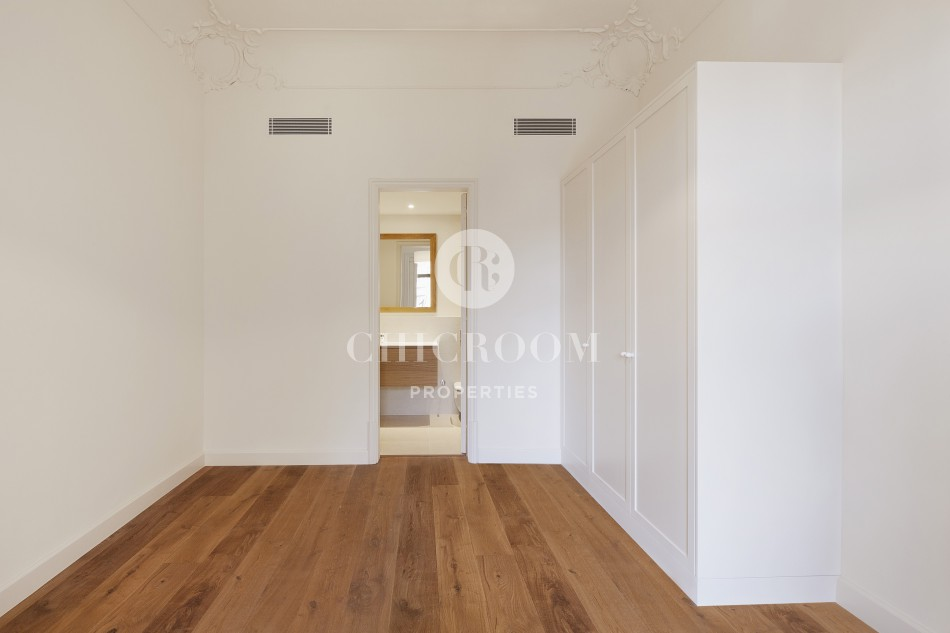 3 bedroom unfurnished luxury apartment for rent Eixample