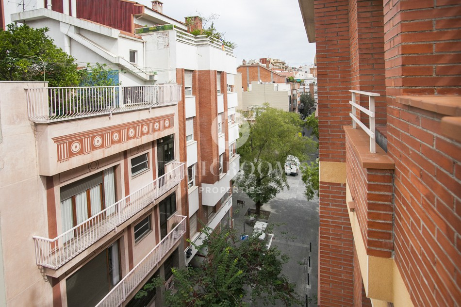 2 bedroom furnished flat for sale in Sant Gervasi