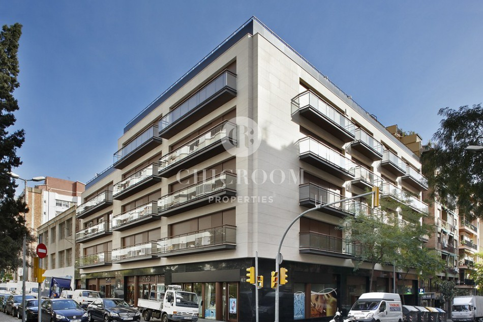 Long term 3 bedroom apartment to rent in Gracia
