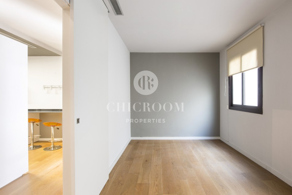 Excellent 2 bedroom apartment with 150m2 terrace for rent in Sant Gervasi