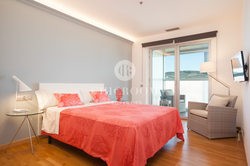 Furnished 4 bedroom penthouse for rent in Fira Gran Via II