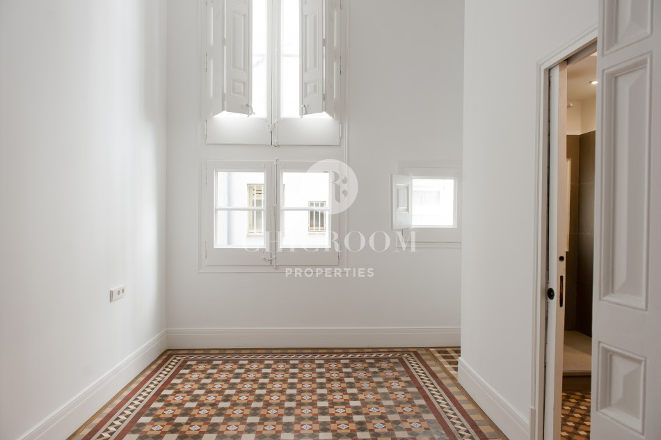 modernist apartment for sale in eixample barcelona
