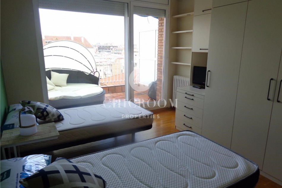 Duplex penthouse for rent in Eixample Barcelona