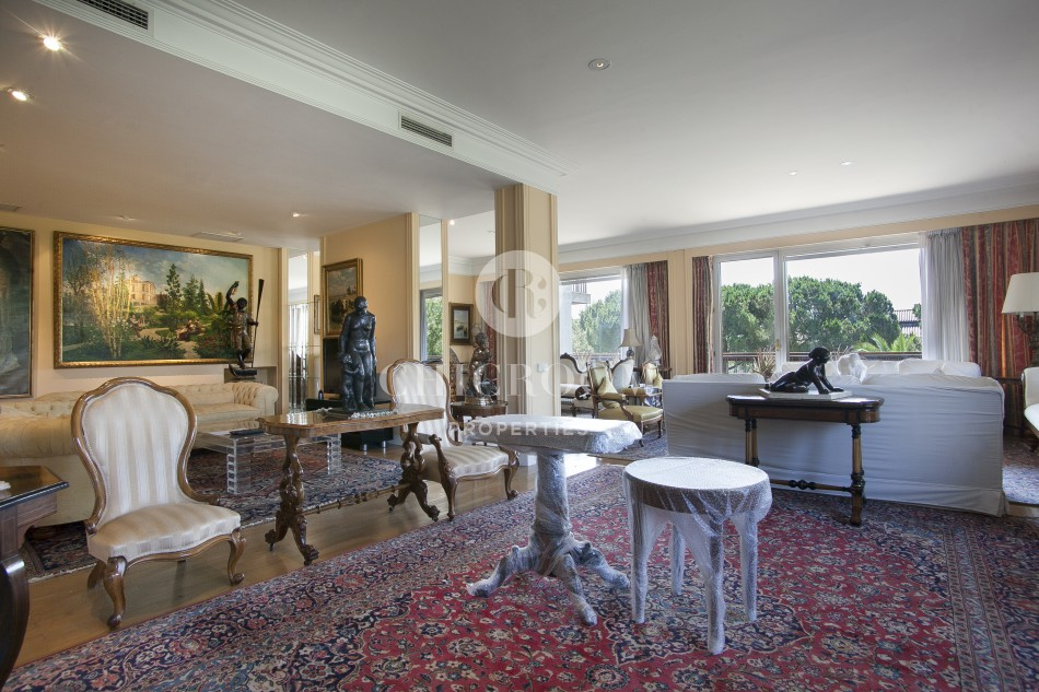 5 Bedroom apartment for sale in Pedralbes