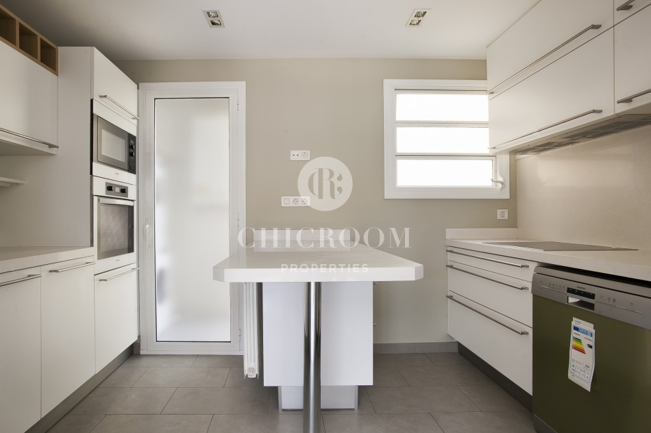 2 bedroom apartment with terrace for rent eixample for Apartment for rent 2 bedroom