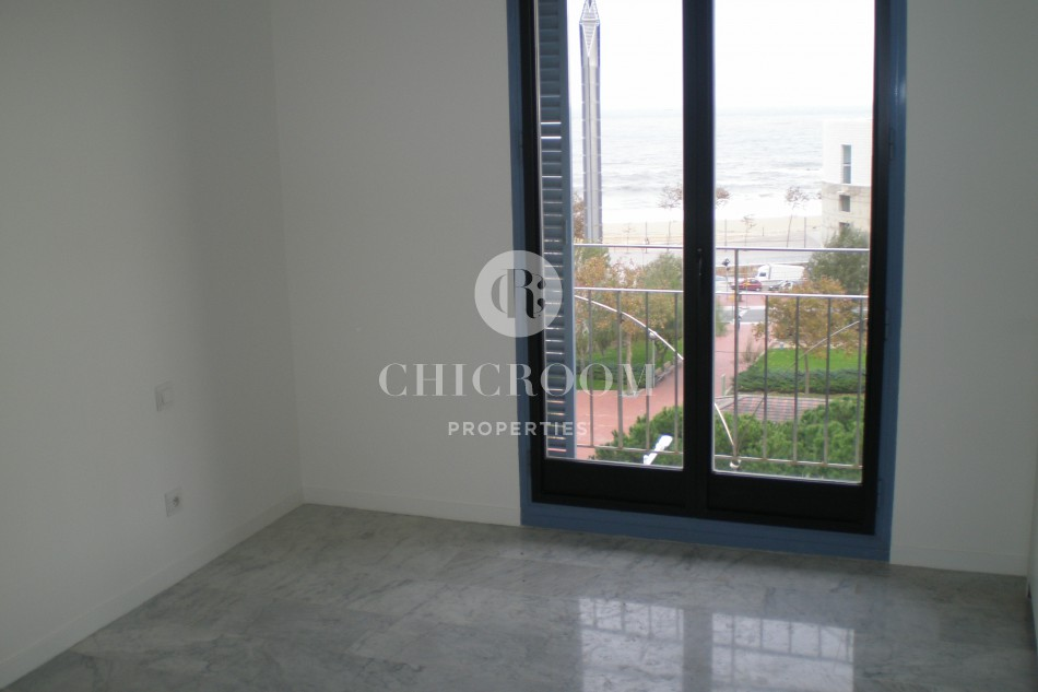 Unfurnished 4 bedroom apartment for rent in vila olimpica